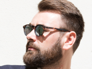 sunglasses-tradition-matt-scale-without-correction.jpg